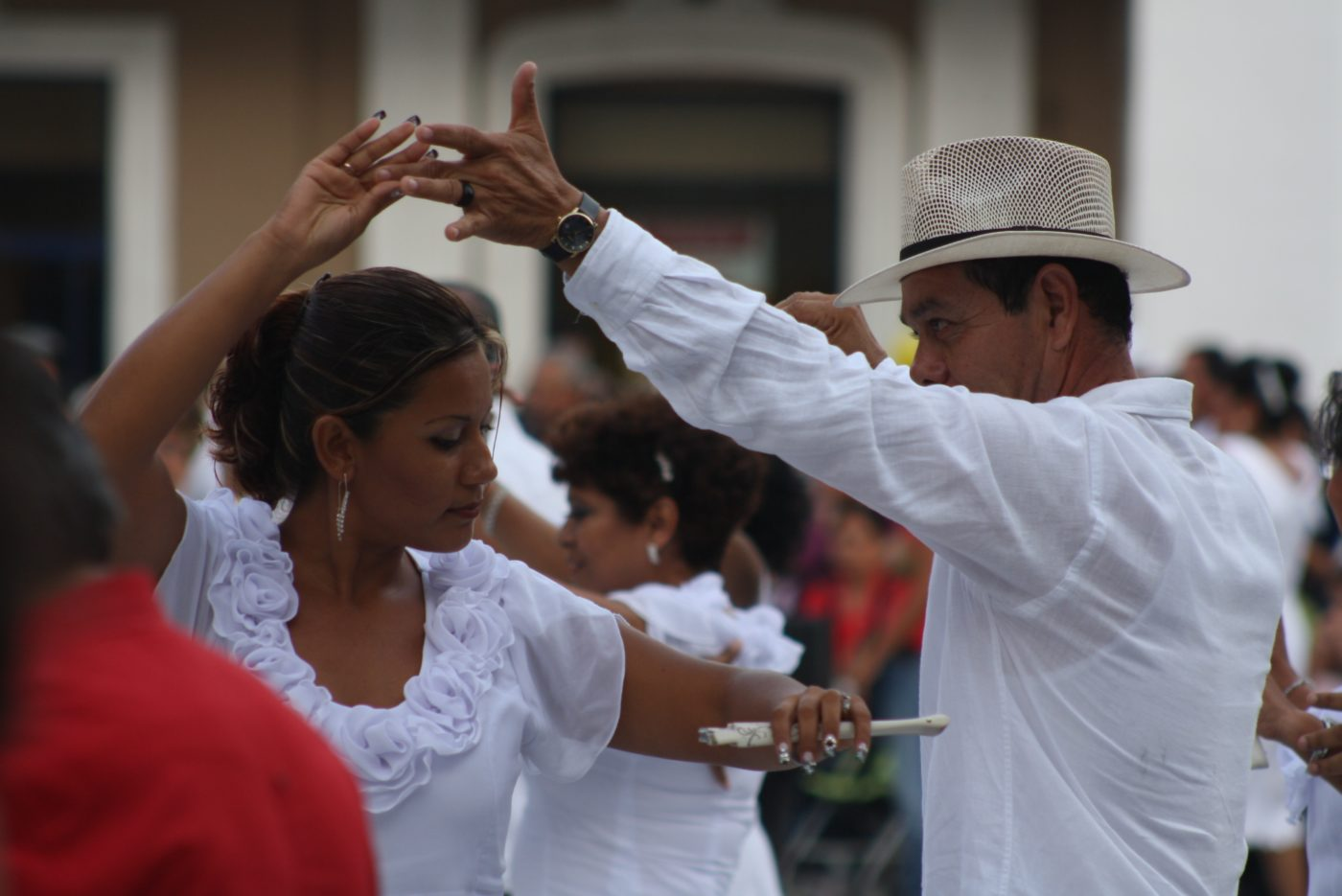 All About Salsa Image on Learn Basic Dance Steps